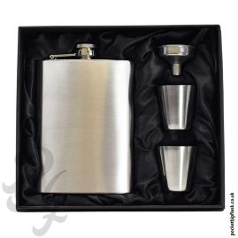 8oz-Hip-Flask-and-Cups-gift-set